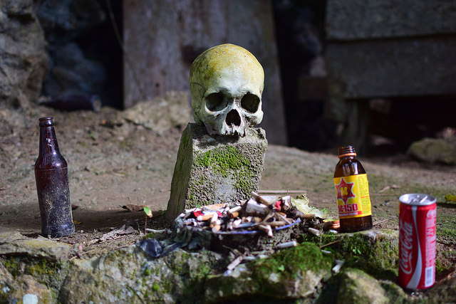 Offerings to the dead